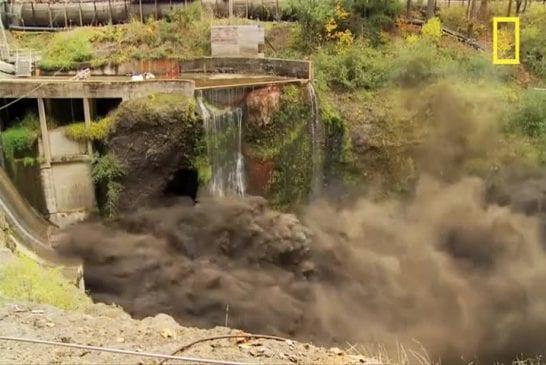 Spectaculaire Time Lapse d'un barrage en train de se vider