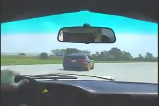 Pilote de voiture de course le plus drôle au monde