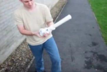 Canon de fusil avec un tuyau d'évier