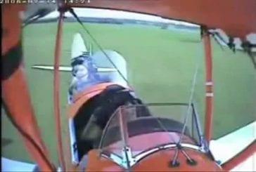 Couper la tête d'un mouton en décollant avec un avion