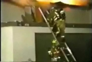 Pompier fait une terrible chute