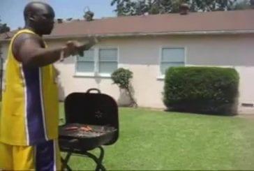 Sauter par dessus un BBQ et se bruler le cul