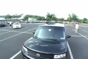 Il tente un front flip par dessus la voiture FAIL