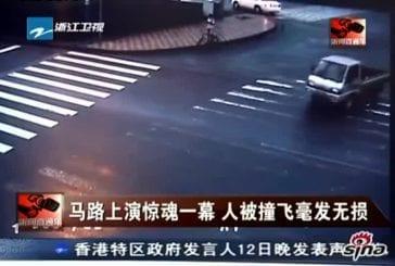 Terrible accident de moto d'un maître de Kung-fu