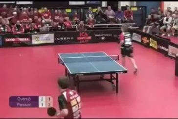 Epique coup de ping-pong