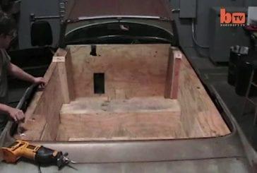 Une voiture peut être entraîné de bain à remous