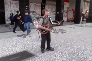 Le meilleur one man band dans les rues