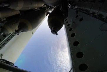 Vidéo d'une bombe jetée depuis un avion B-52
