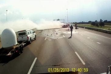 Accident de voiture se transforme en explosion