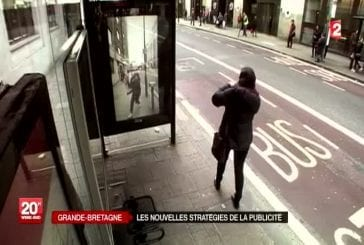 Incroyable stratégie publicitaire dans un abris-bus