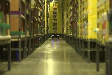 Amazon dévoile son 8e centre de traitement entièrement robotisé