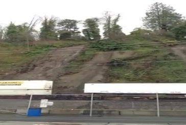 Un glissement de terrain fait dérailler un train à Everett