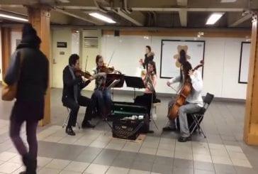 La musique classique et le ballet improvisé dans le métro