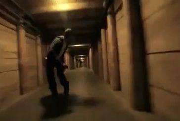 Haute vitesse patin à roues alignées dans une mine de sel