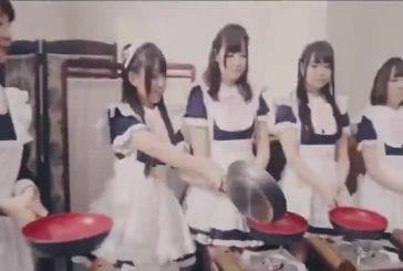 Une centaine de grésillement japanes servantes