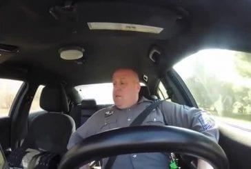 Dover Dashcam de police confessionnelle secouer