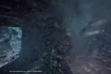 Entrainement militaire à l'évacuation d'un hélicoptère immergé dans l'eau
