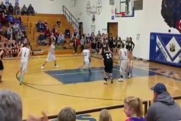 Basket collé sur jante dernières secondes de jeu