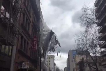 Echafaudage s'écroule d'un immeuble du centre-ville de Portland