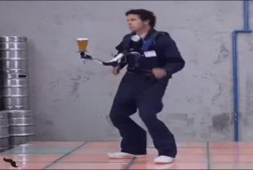 Danser avec une bière