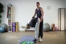 Un Prof De Yoga Pervers Va Le Regretter